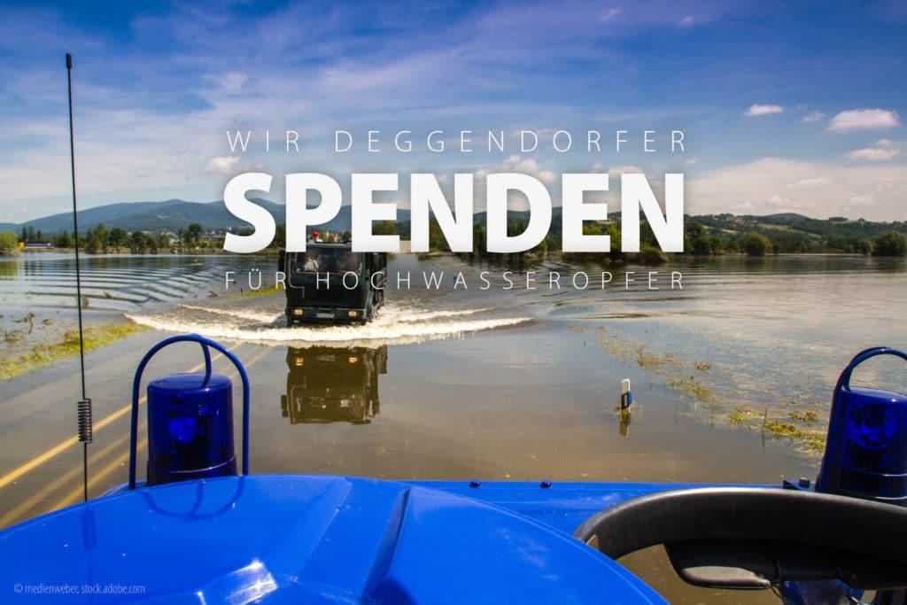 Bilder aus 2013: Hochwasser in Deggendorf aus der Sicht eines THW-Fahrzeugs welches über eine überflutete Straße fährt.