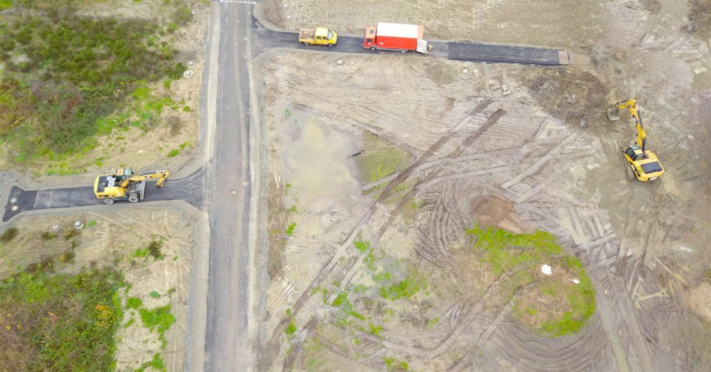 Baustelle Baugebiet Bagger aus der Vogelperspektive