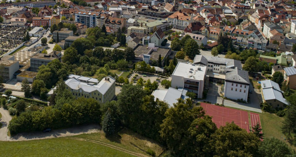 Luftaufnahme vom Klosterviertel in Deggendorf